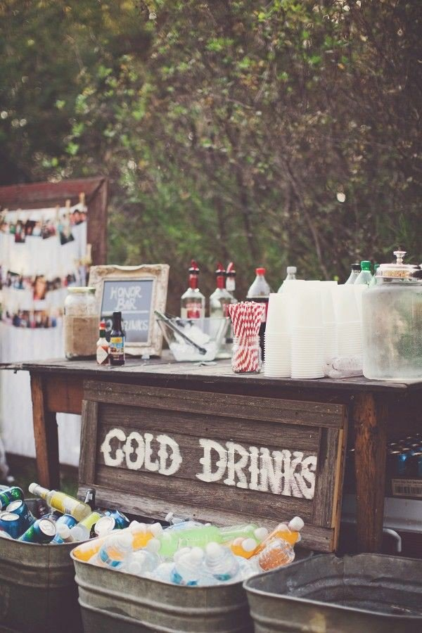 vintage rustic wedding drink station ideas