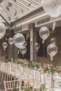 chic balloon wedding centerpiece ideas for reception