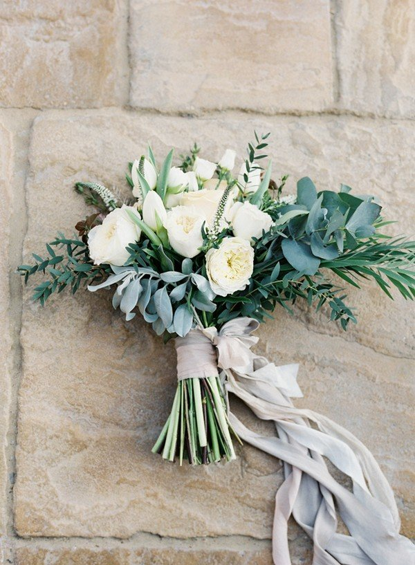 Elegant white and green wedding bouquet oh best day ever elegant white and green wedding bouquet mightylinksfo