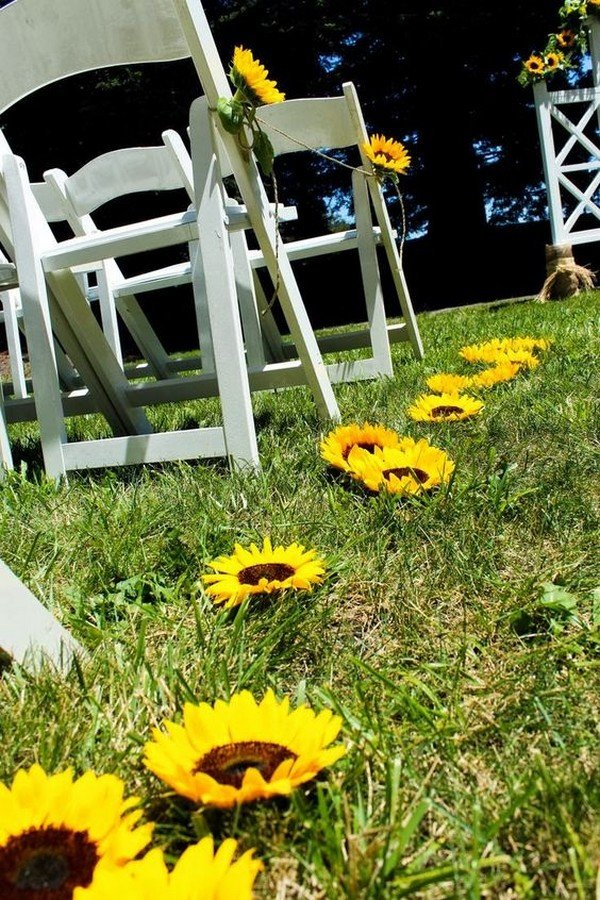 sunflower wedding aisle decoration ideas