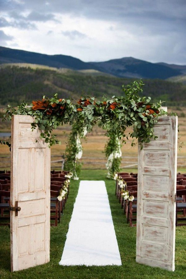 country rustic wedding entrance door decoration ideas