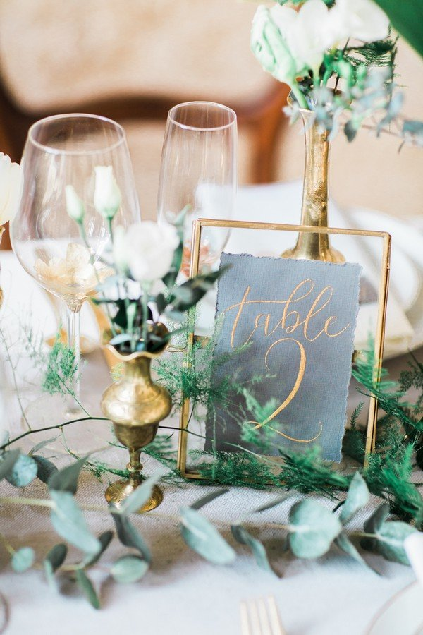 greenery wedding table setting ideas