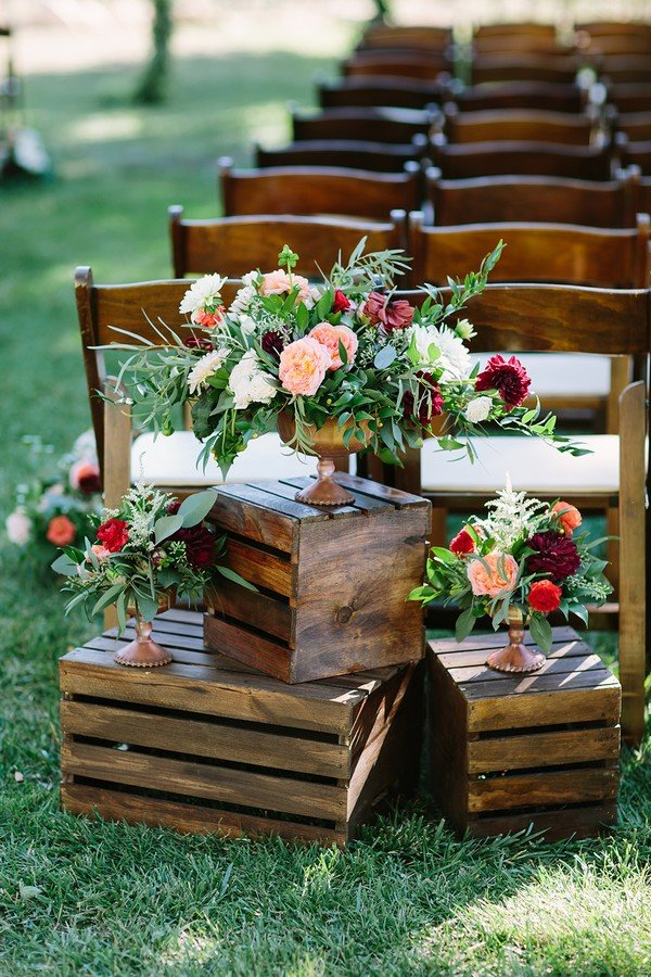 rustic outdoor wedding ceremony entrance decoration ideas