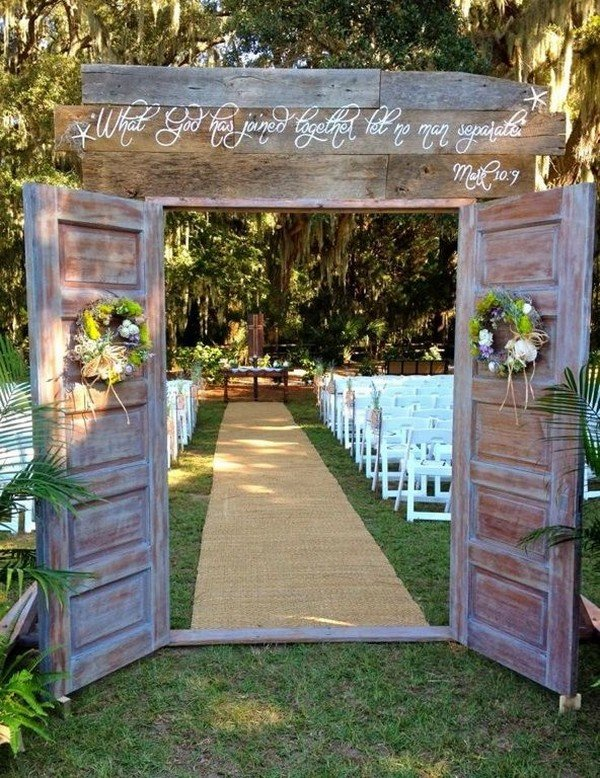 rustic wedding ceremony decoration ideas with wooden door