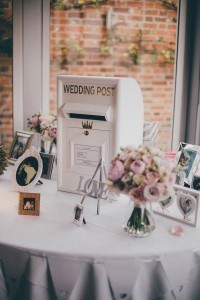 vintage wedding card box and gift table ideas