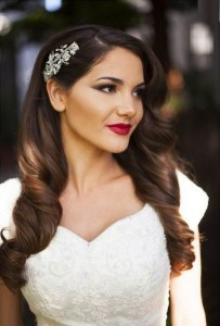 chic vintage wedding hairstyle with headpieces
