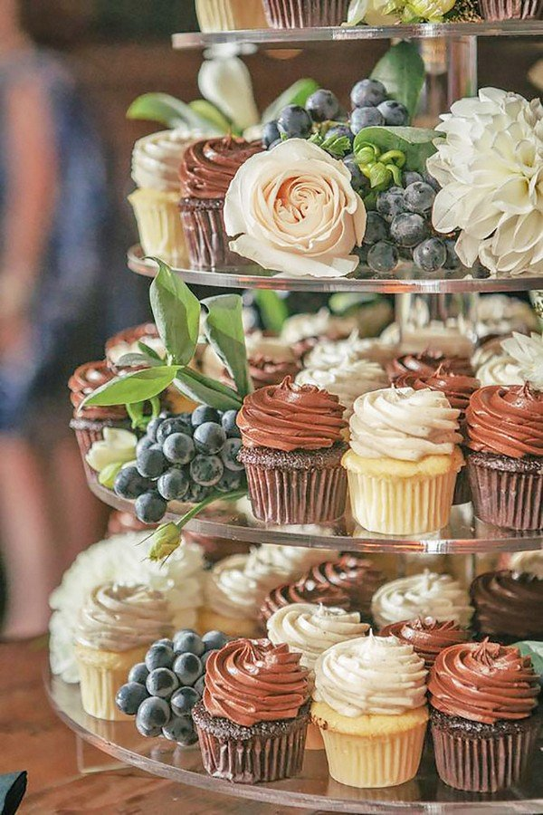 chocolate rustic wedding cupcake tower ideas