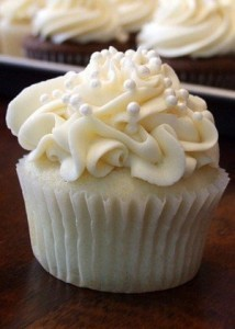 classic white buttercream wedding cupcake