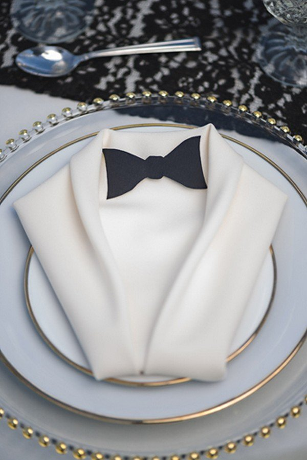 cloth napkin folded tuxedo for great gatsby wedding ideas