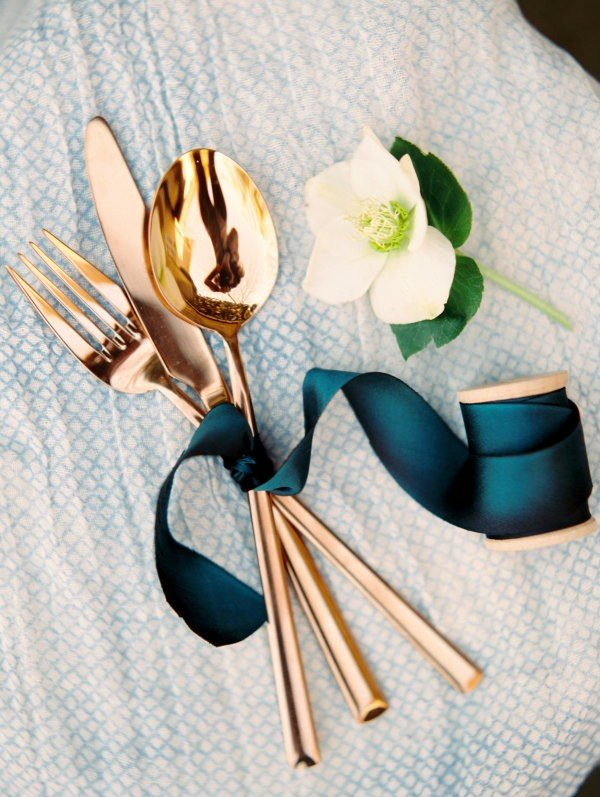 copper and blue plated metals wedding ideas
