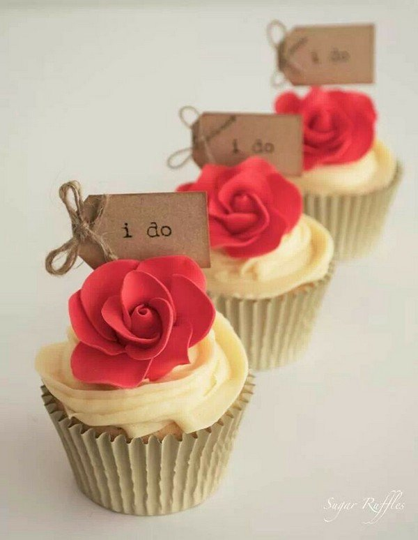 cupcakes with i do for rustic wedding ideas