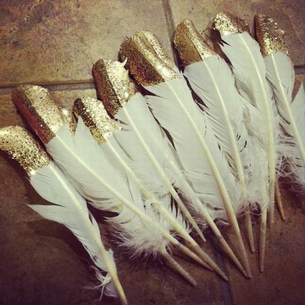 great gatsby themed vintage feather decoration ideas