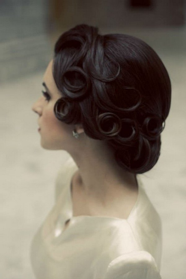 pretty vintage style wedding hairstyle ideas
