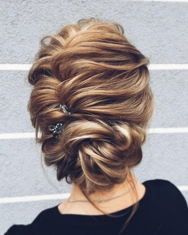 romantic vintage updo wedding hairstyle