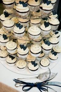 vintage white and black wedding cupcake tower ideas