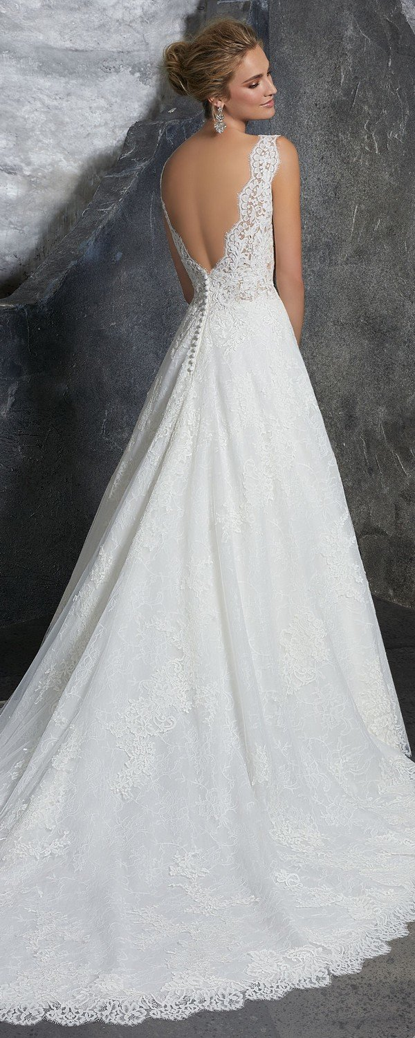 Kelly Morilee lace wedding dress with v back