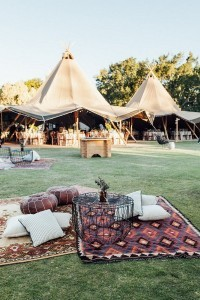 boho themed picnic canapes wedding decoration ideas