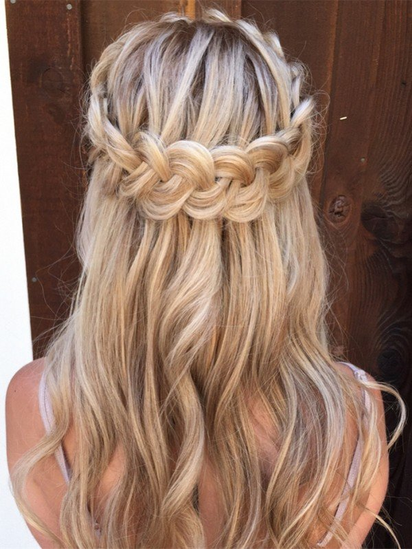 hair style half up half 10 glamorous half up half wedding hairstyles from 8929