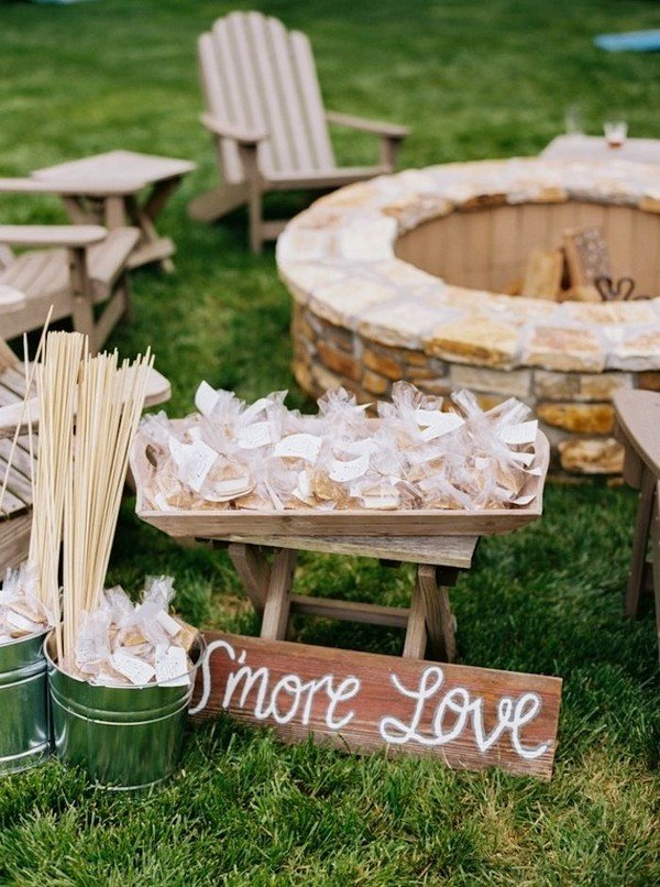 Outdoor Farm Wedding Smores Station Ideas