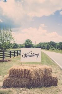 rustic farm wedding sign ideas