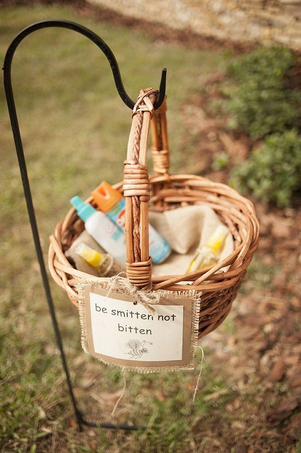 rustic wedding favor ideas 'be smitten not bitten' bug spray