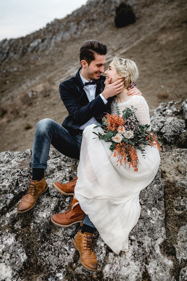 wedding photo ideas in the mountains