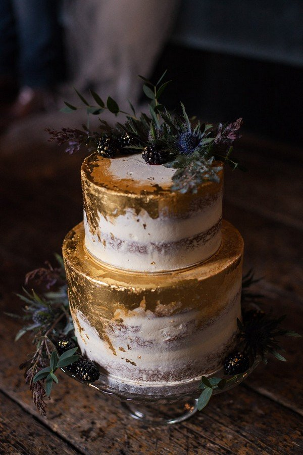 metallic gold wedding cake ideas with greenery