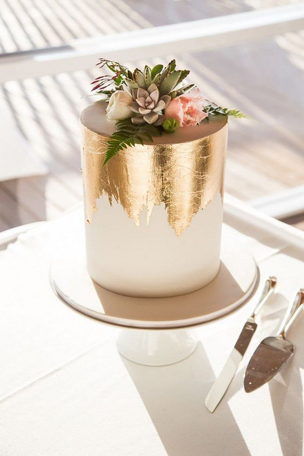 metallic gold wedding cake ideas