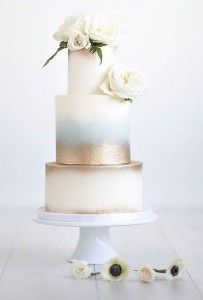 simple metallic gold wedding cake ideas