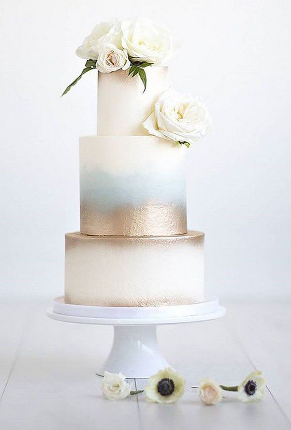 simple metallic gold wedding cake ideas