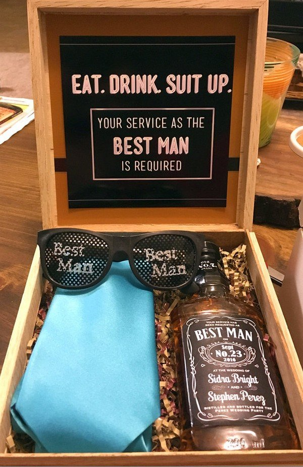 unique best man groomsmen gift ideas