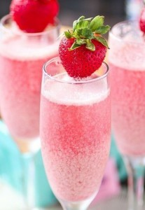 Bubbly sparkling champagne with refreshing raspberry and strawberry wedding drink ideas