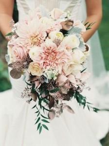 blush wedding bouquet ideas