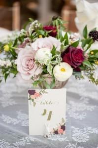 burgundy and blush floral wedding centerpiece ideas