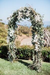 chic outdoor floral wedding arch ideas