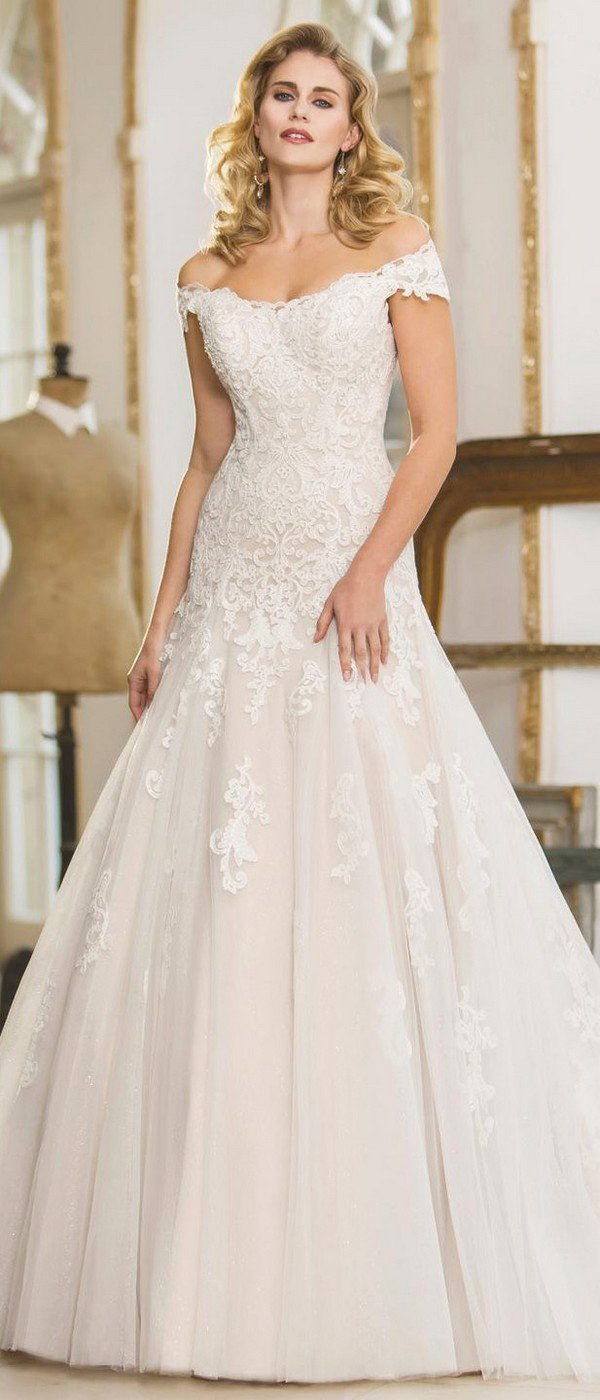 off the shoulder lace wedding dress from true bride W305