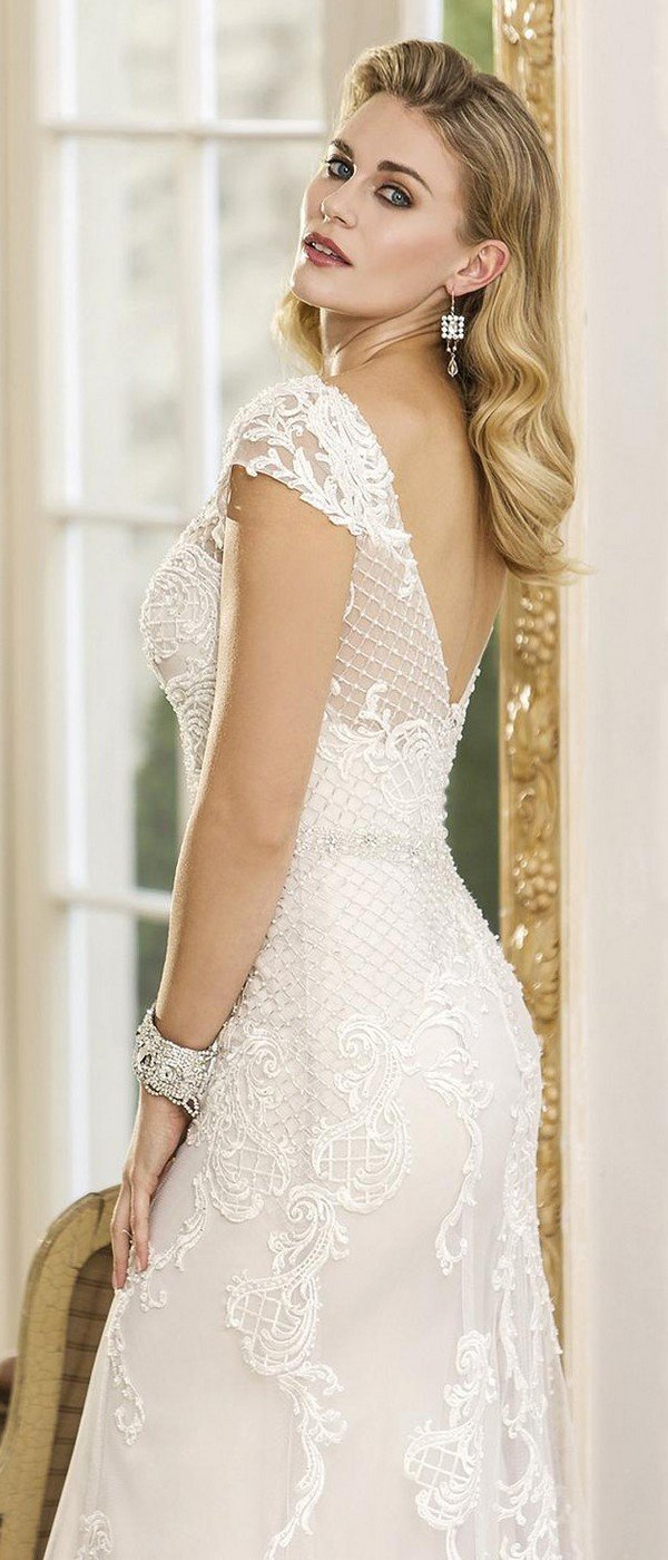 true bride wedding dress with cap sleeves W297 back view