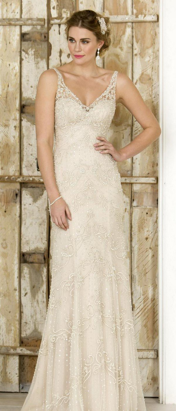 v neck true bride wedding dress W254
