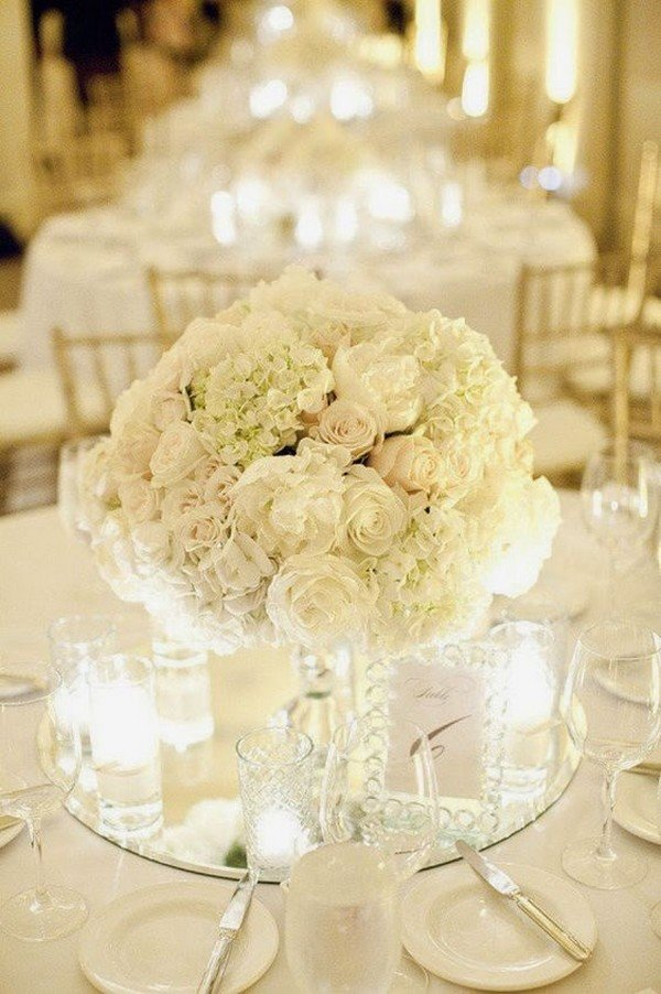 all white elegant timeless wedding centerpiece ideas