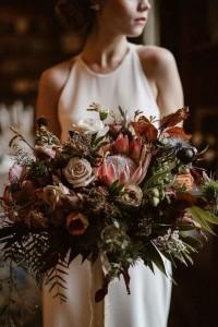 moody fall wedding bridal bouquet