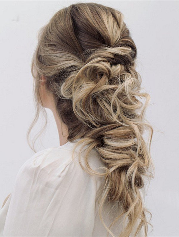 pretty wedding hairstyle for long hair from steph
