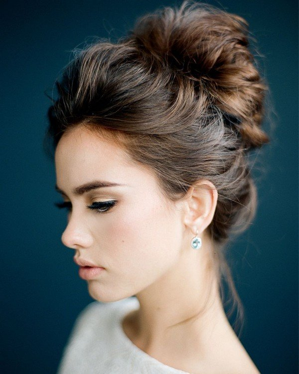 stunning updo wedding hairstyle for wedding day