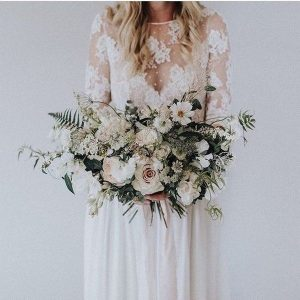 elegant neutral wedding bouquet for 2018