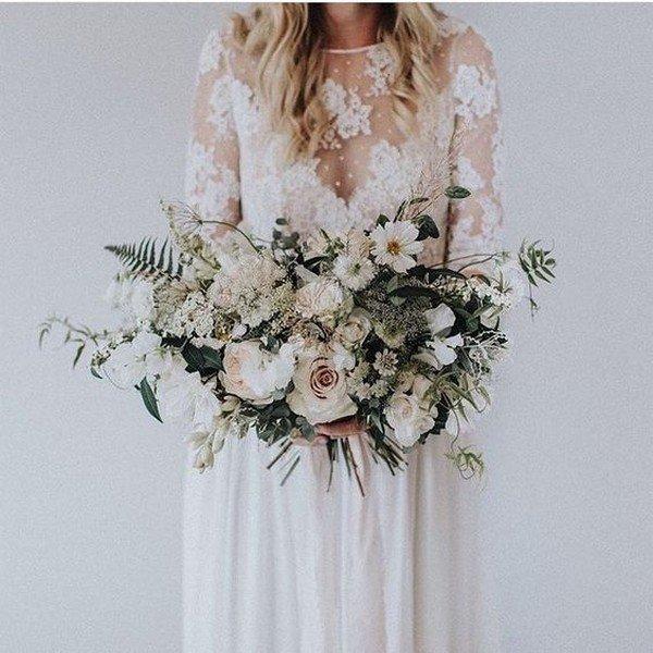 elegant neutral wedding bouquet for 2018
