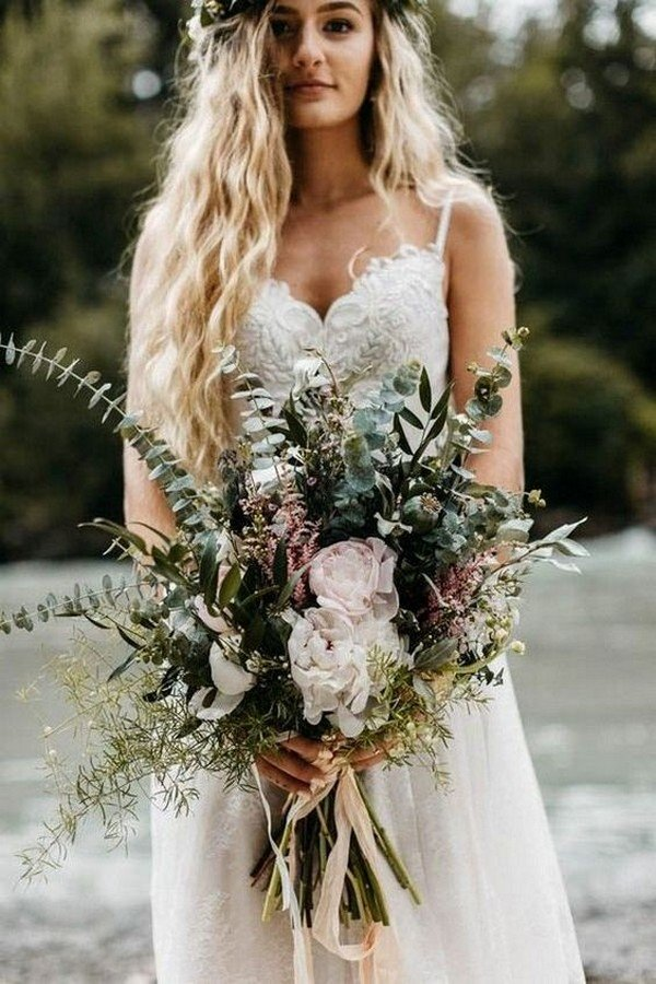 greenery neutral wedding bouquet