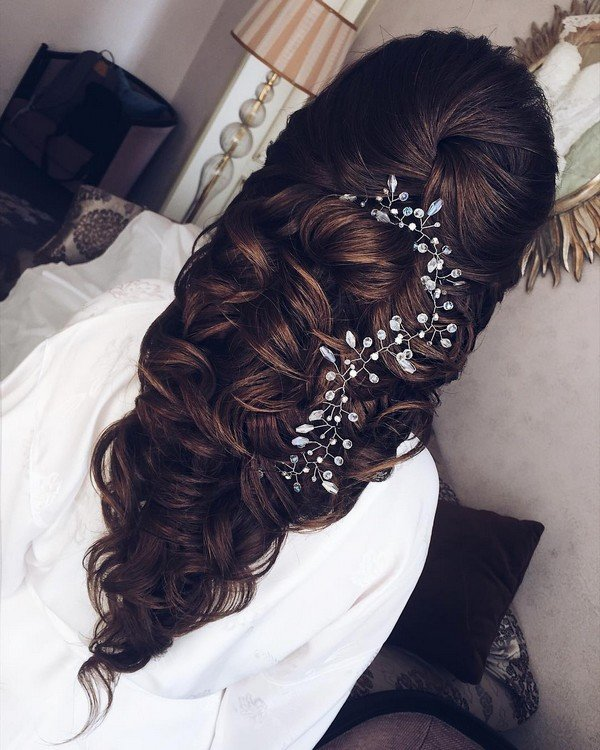 half up half down wedding hairstyle from Elstile