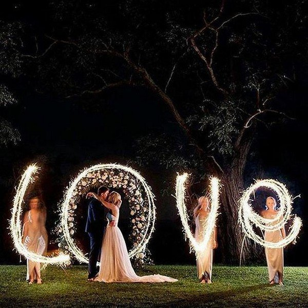 lighting up love wedding photo ideas with sparklers