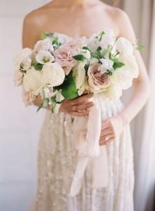 neutral roses wedding bouquet ideas