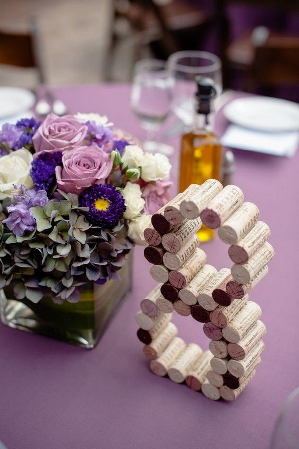 wedding centerpiece ideas with wine corks