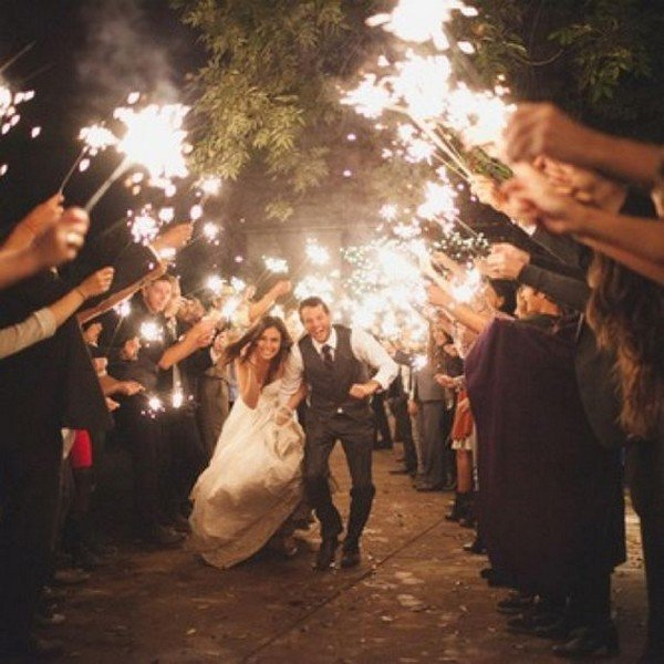 wedding sparklers send off photo ideas